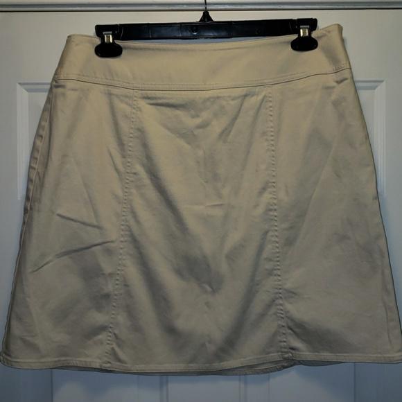 Chaus Dresses & Skirts - Chaus size 14 skirt